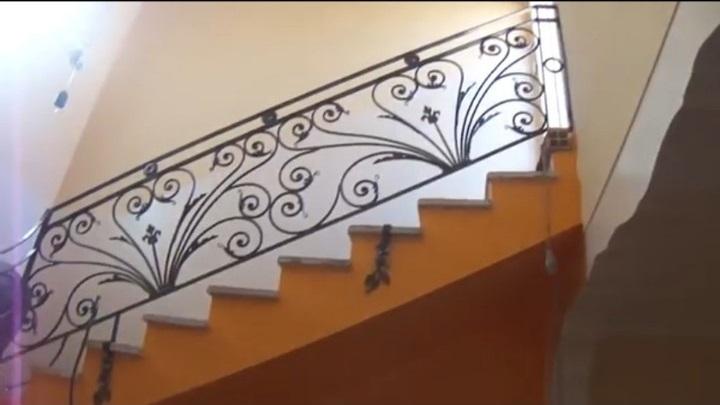 mẫu cầu thang sắt mỹ nghệ